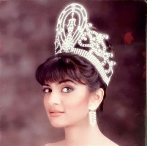 sushmita sen miss universe 15 unseen photographs of sushmita sen that will restore