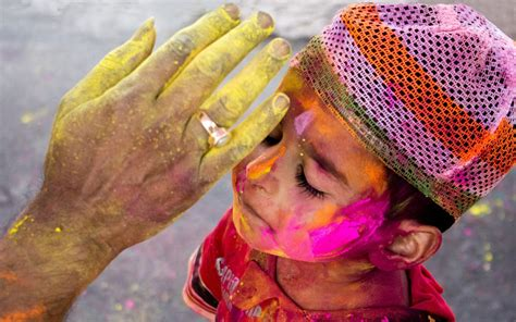 holi wallpaper girl and boy moments of holi full hd wallpaper and background image