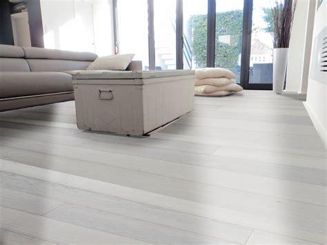 pavimenti legno prefiniti parquet prefiniti prelevigati massello da interni e