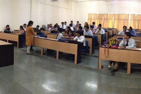Amity Noida Bba Mba Placements by Amity Global Business School Noida Top Best Mba Bba
