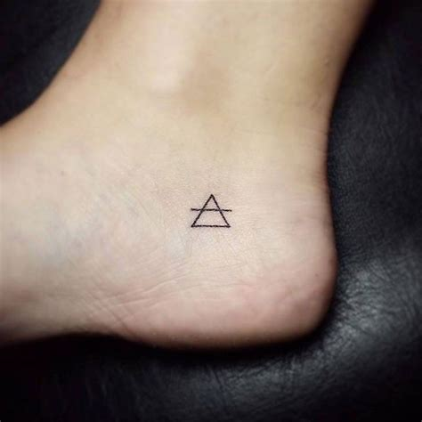 geometric tattoo tiny geometric tattoo 16 tiny foot tattoos you ll be