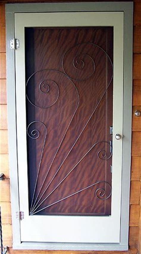 Door Screen Insert by Vintage Style Screen Door Insert Crafts