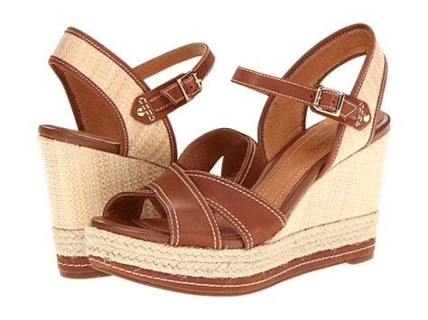Most Comfortable Summer Sandals by Top 5 Most Comfortable Summer Sandals Crewlade
