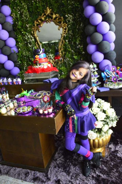 disney descendants party descendents birthday by disney descendants party birthday party ideas photo 27
