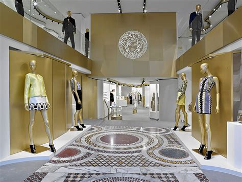 home design store barcelona versace opens a new boutique in barcelona fucking young