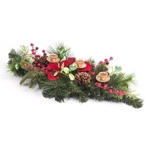 centrotavola natalizio con candele centrotavola natalizio con porta candele decorazioni per