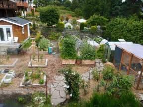 nosy homestead and garden tour 2011
