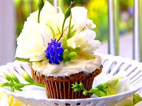 ina garten cupcakes carrot cake cupcakes recipe barefoot contessa cakes