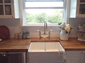 Farm Style Kitchen Sink Rustic Farmhouse A Farm Style Sink
