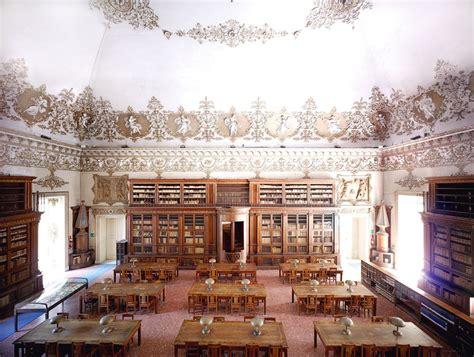 libreria napoli inaugurata a napoli la prima sezione diversit 224 della