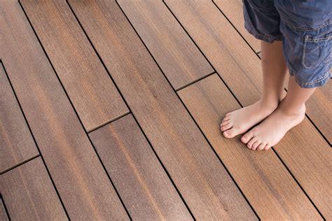 Terassenbelag Holz ihr terrassenbelag holz stein oder wpc ratgeberbauen24