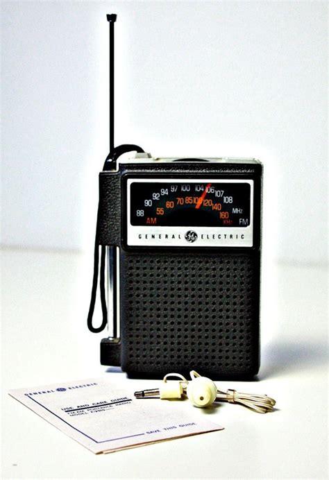transistor radio vintage transistor radio general electric am fm portable 1970s