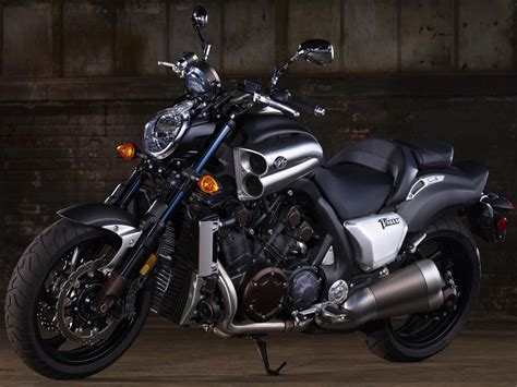 2012 Yamaha VMAX / VMX17 Review   Motorcycles Specification