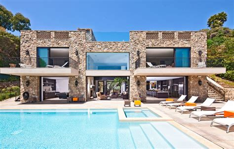 buy a house in malibu multi million dollar house on malibu beach homedsgn