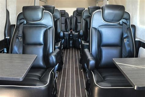 Autobahn Interiors by Mercedes En Airstream Maken Luxebus Auto55 Be Nieuws