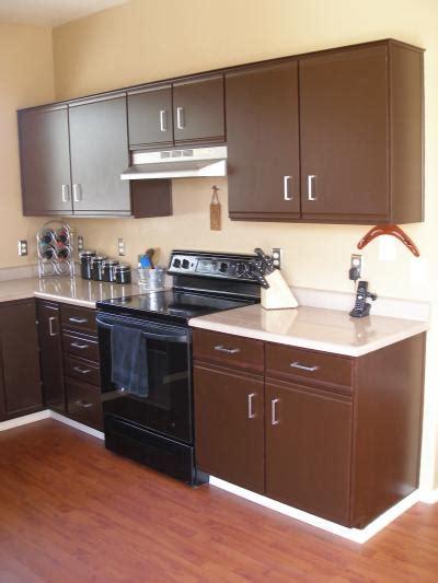 woodmaster woodworks  updating laminate cabinets