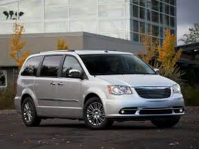 Minivans Chrysler 2014 Chrysler Town And Country Price Photos Reviews