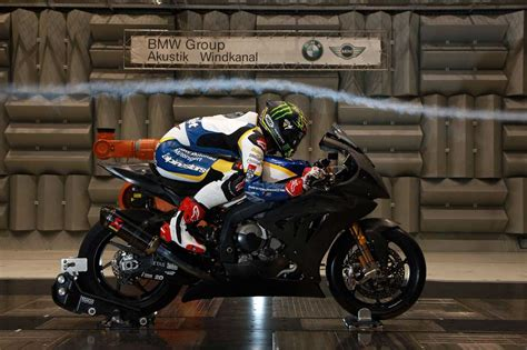 Motorradfahren Wind by 2013 Wsbk Bmw S1000rr And Chaz Davies Wind Tunnel