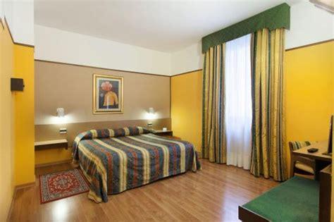 hotel plaza pavia hotel plaza en san martino siccomario destinia