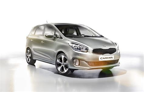 Kia Carens Rondo Kia Carens Rondo Rp 2012 Third Generation Photo