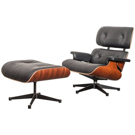 vitra lounge chair xl charles and eames lounge chair classic xl vitra at