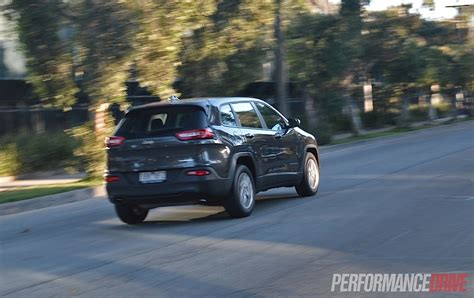 2014 Jeep Sport Review 2014 Jeep Sport Review Performancedrive