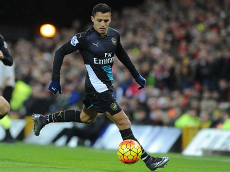 alexis sanchez future alexis sanchez claims his future is in the hands of his