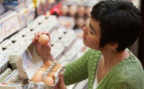 alimenti scaduti cibi scaduti buttarli non sempre 232 necessario ecco quando