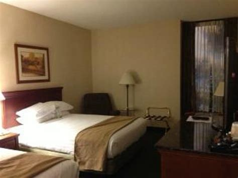 hotels with 2 bedroom suites in st louis mo tv bed room picture of drury inn suites st louis