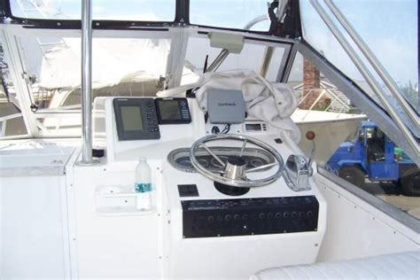 xpress boat livewell operation 1996 shamrock 260 express boats yachts for sale