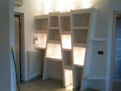 mensole cartongesso pronte costruzioni in cartongesso libreria e controsoffitto