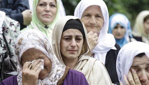 rakyat bosnia peringati tragedi pembantaian visegrad