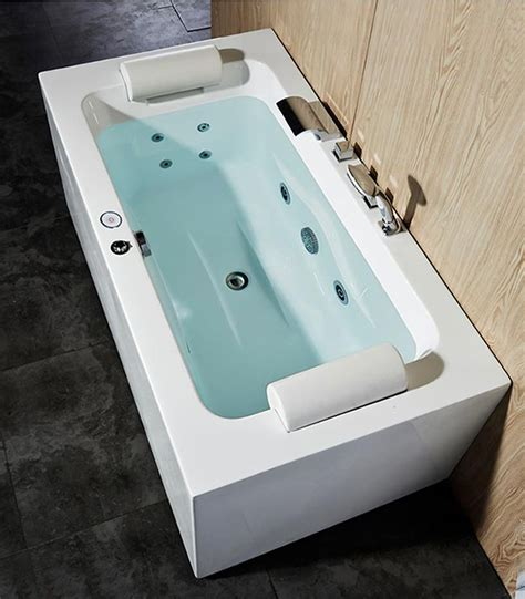 small bathtubs with jets bathtubs idea marvellous small jetted bathtub whirlpool
