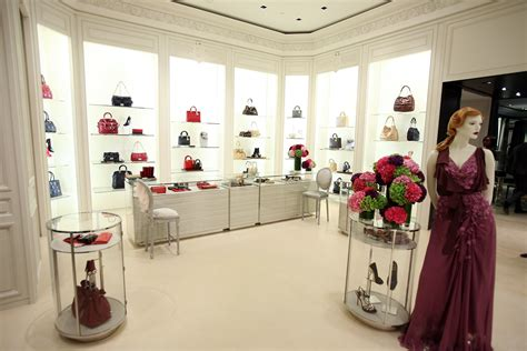 shop in shop interior dior relaunches at south coast plaza with first u s fine