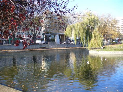 Maskara Ponds 2 In 1 feltham