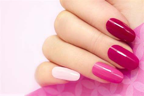 Manicure Gel gel nail course redditch nail ftempo