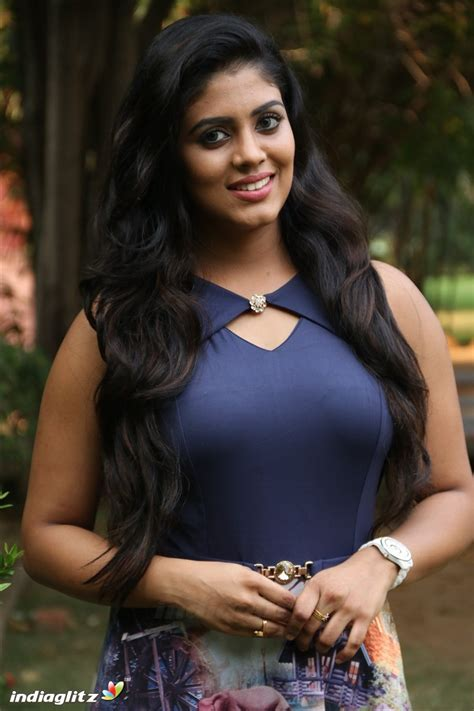 actress tamil photo gallery iniya gallery tamil actress gallery stills images clips