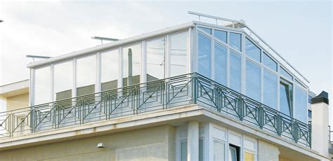 chiudere terrazza con vetro il balcone e la veranda si puo fare studio legale
