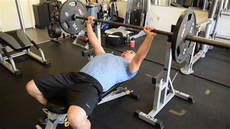 bench press improvement 7 tips to improve your bench press kips