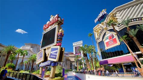 las vegas vacation packages 2017 book las vegas trips travelocity