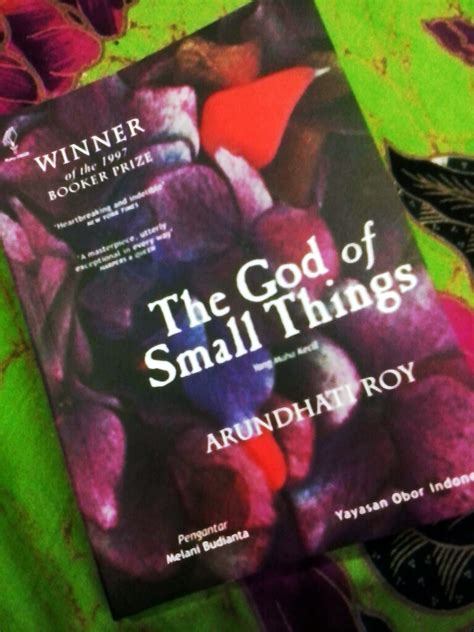 books that changed me 1 the god of small things singgah sejenak