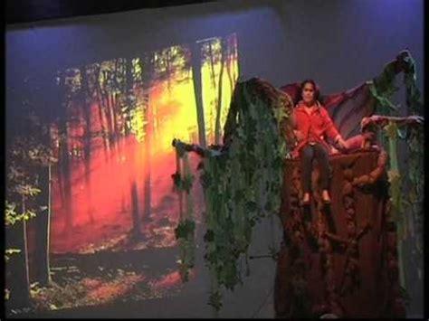 el arbol de julia el 225 rbol de julia obra teatral interpretada por los alumnos as del colegio espa 241 ol de rabat