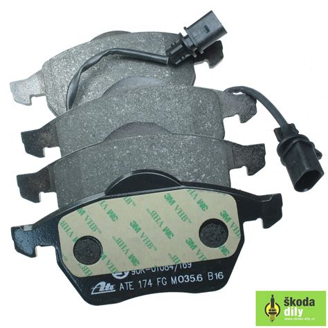 skoda brake pads front brake pads with a brake wear indicator škoda 8e0698151j
