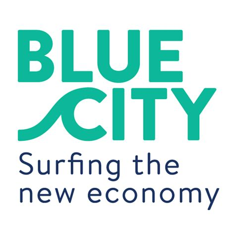 Get It Now Into The Blue Second City Style Fashion by Fruitleather Rotterdam