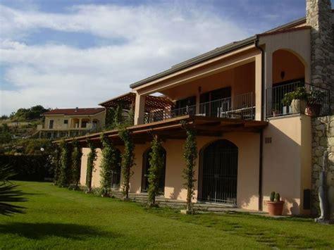 tettoie per esterno coperture per esterno pergole e tettoie da giardino
