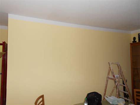 pittura soffitto distacco pittura soffitto semplice e comfort in una casa