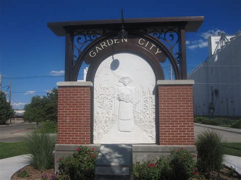 garden city kansas time zone garden city kansas