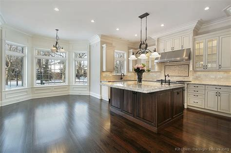 pictures of kitchens traditional white antique - White Wood Kitchen Cabinets