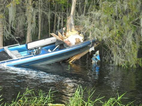 bass fishing boat accident bass boat accident near hatchnahaw southern airboat