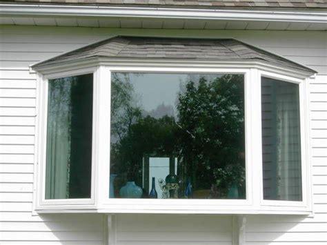 Bay Window Design Ideas Exterior by Best 20 Bay Window Exterior Ideas On A
